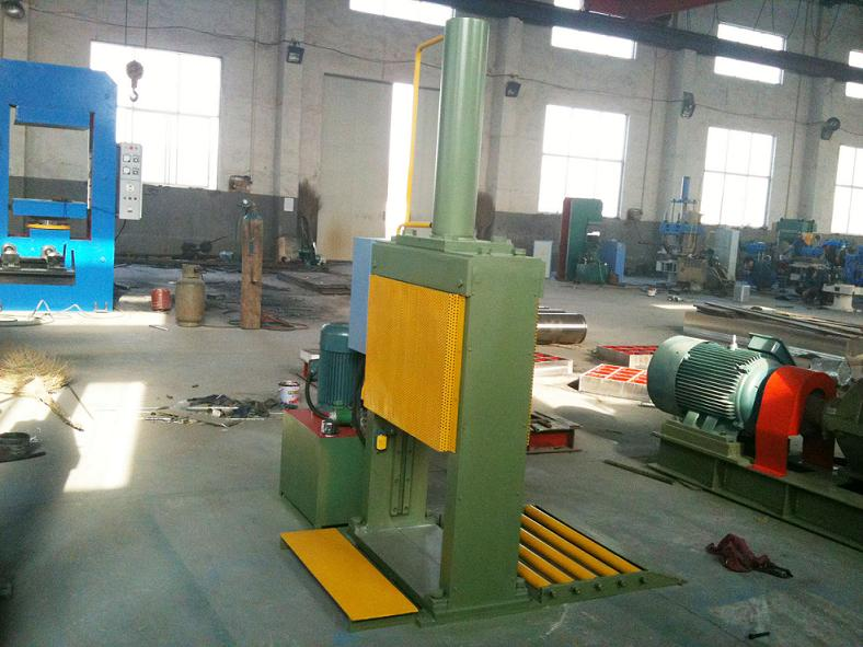 Bale Rubber Cutting Machine