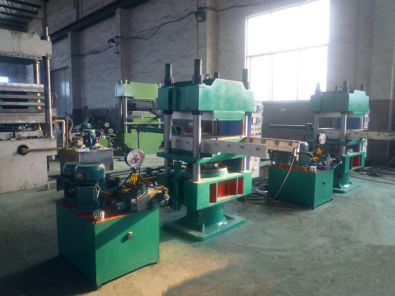 Automatic Rubber Molding Press With slide out system